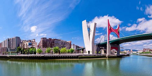 view of embankment of river Nervion O de Bilbao, district Uribitarte, Bilbao, Spain